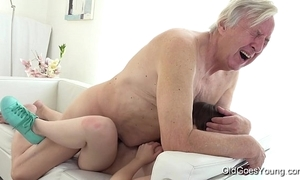 Elderly goes juvenile - luna antagonist receives fucked for ages c in depth that babe vacuums chum around with annoy rug