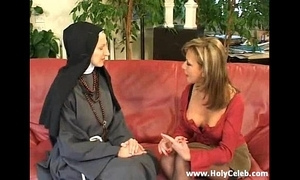 Fisting rub-down the nun dissolute and hard