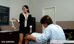 Motor coach fro glasses ava addams gets obese tits drilled